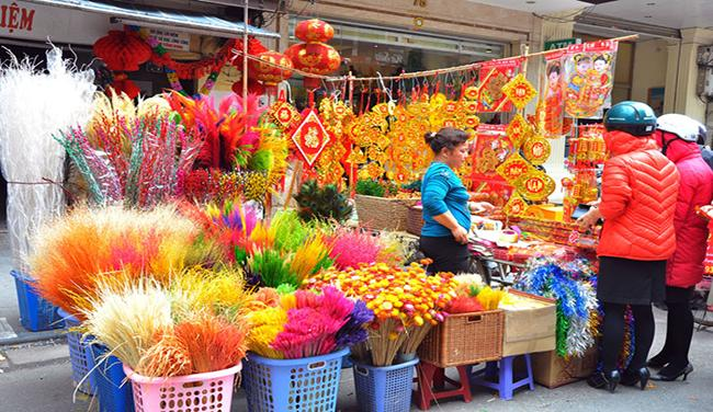 Variety decorations, red envelops for Tet